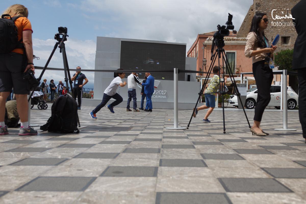"""IMG_1967 Il """" backstage """" del G7 di Taormina blog  taormina sicilia polizia nog7 manifestazione lacrimogeni giornalisti giardini naxos g7"""