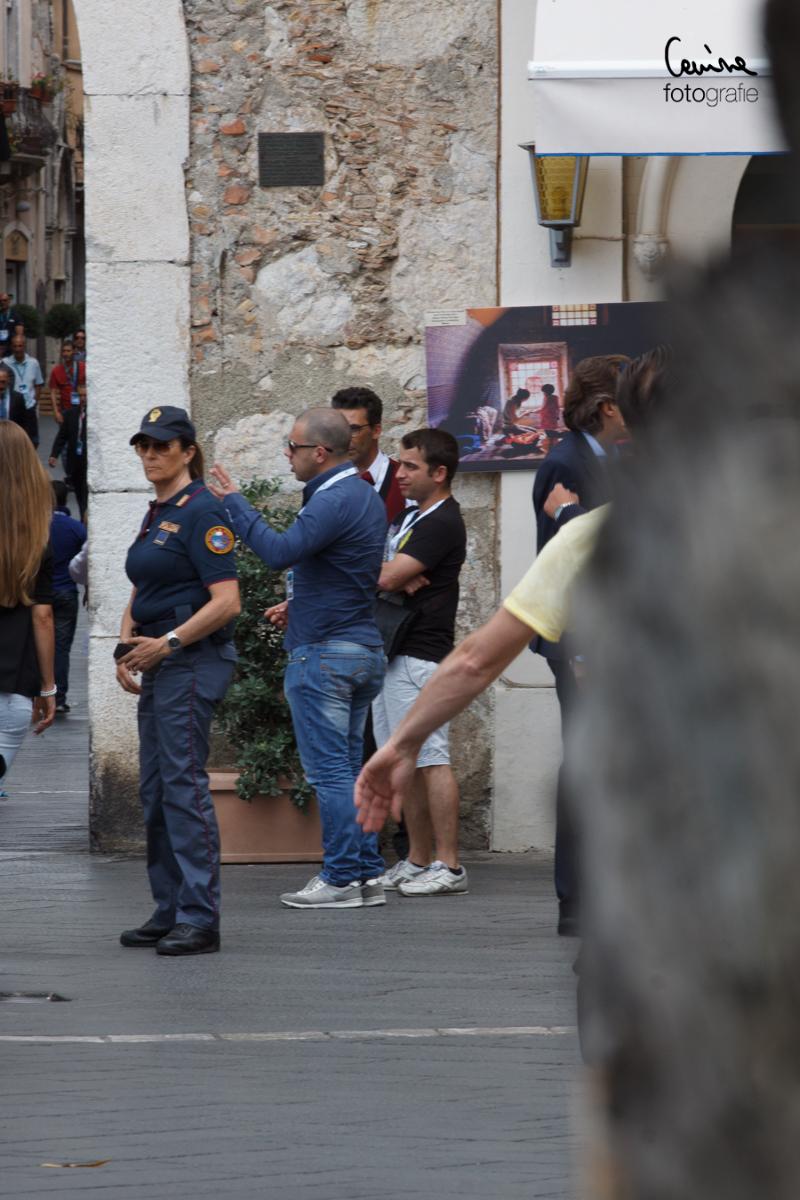 """IMG_1967 Il """" backstage """" del G7 di Taormina repstreet eventi articoli  taormina sicilia polizia nog7 manifestazione lacrimogeni giornalisti giardini naxos g7"""